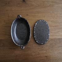 高須愛子 イッチン耐熱楕円グラタン皿 小 クロス柄(鍋敷き付き)