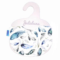 White feather bib