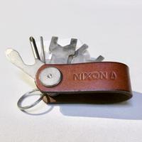 NIXON ニクソン 折りたたみマルチツール