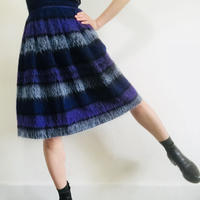 Maybe 1950s  Wool Boader Skirt