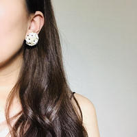 Maybe 50s 60s White Flower Earings  《送料無料》 (no.185-187)
