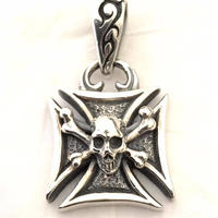 【即納可能!】Maltese Cross Pendant (Normal)