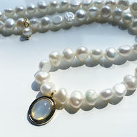 ow Pearl necklace