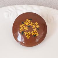 キンモクセイ |  丸いブローチ