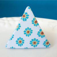 【 三角のレトロ 】懐かわレトロの花柄ブローチ no.1278B