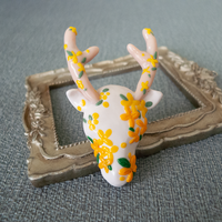 幻想の水鹿 キンモクセイ | シカのブローチ