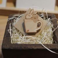 木製ブローチ(小) 06
