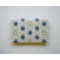 【文庫革】カードケース 麻の葉松  薄墨