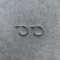 Silver Twist Hoop pierce