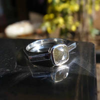 opaque dia ring  2.15