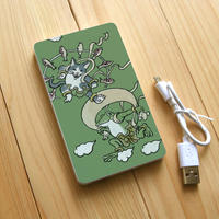 モバイルバッテリー 猫とカエル風神雷神図(オリーブ)