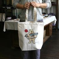 トートバッグ シロクマのプレゼント(受注生産・送料無料)