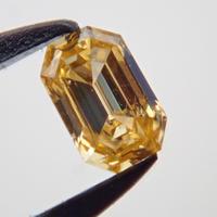 【12/15掲載】イエローダイヤモンド 0.061ctルース(FANCY INTENSE ORANGY YELLOW, SI2)