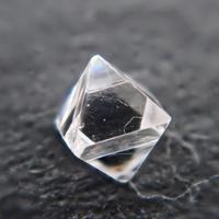 【4/12掲載】ダイヤモンド原石(ソーヤブル) 0.063ct原石