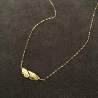 PLUME SHORT NECKLACE