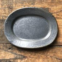 リムオーバル皿/小/KURO