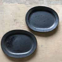 リムオーバル皿/中/KURO
