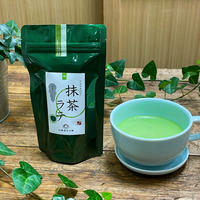 日本茶専門店の「抹茶ラテ」