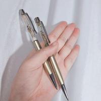 スズメ脚とかすみ草のボールペン