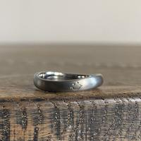 金属アレルギーの方 でも身につけられる結婚指輪ハフニウム(ak-009-Hf)smile刻印入り