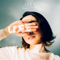 EP「LIFE」記念ブックレット&ステッカー付き [限定150部]