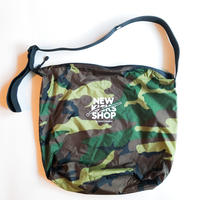 NEW KICKS SHOP BAG [CAMO]
