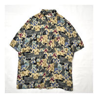Old Pierre cardin Design S/S shirt