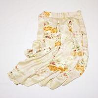 茶屋辻模様模様部分刺繍【タックラップスカート】