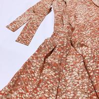 斜め格子に抽象模様【タックラップスカート】