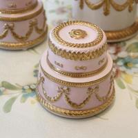 VILLARI リボンガーランド  ケーキ型ボックス    ピンク A