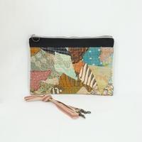 029|cut 布のかけらを集めたポーチ(Indonesia)
