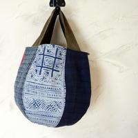 タイの藍染と羊革ハンドルのボニーバッグSサイズ (A)