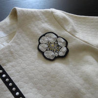 KIFNASKセレクション ― 刺繍ブローチ silver