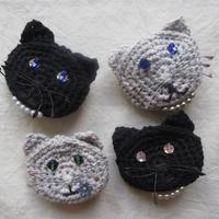 猫 ポケットブローチ