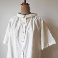 off collar blouse / atelier naruse