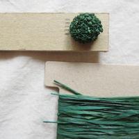 刺繍の耳飾りキット  green