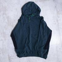 200202刺繍パーカ(ダークグリーン)