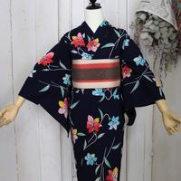 【注染浴衣】紺地にクレマチスのような花の浴衣 YUA051