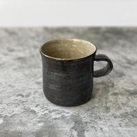 【庄司理恵】黒×粉引 マグカップ