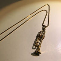 ゴールド トランペット ネックレス