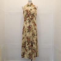 Nude color × Flower Dress