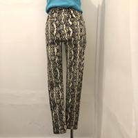 Python skinny pants