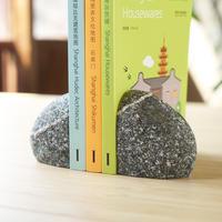 漬物石のブックエンド