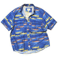 cabelas fish shirt  size L