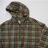 Eddie Bauer  Check Pull Over M