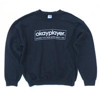 okayplayer.  Sweater SIZE-XL