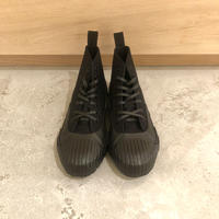 STUDIO NICHOLSON / MELTON・BLACK
