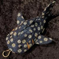 【KASEI】タタミベリザメ(レギュラーサイズ)【松皮菱菊(青)】