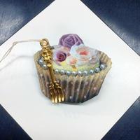 【まよなかのこいびと展】Masquerade/カップケーキブローチ/cupcake