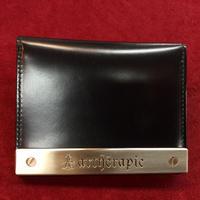 【artherapie】ATメタルプレート二つ折りパスケース
